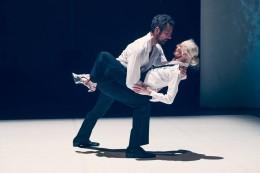 Gisela Peters-Rohse auf der Bühne mit Günther-Grollitsch. Foto: Daniela Buchholz
