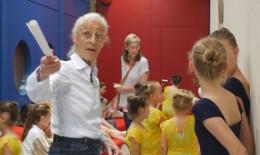 Gisela Peters-Rohse bei ihrer Tätigkeit als Tanzpädagogin